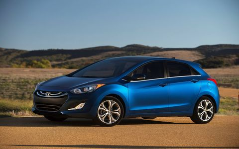 The 2014 Hyundai Elantra GT is equipped with a 2.0-liter I4 mated with a six-speed automatic gearbox.