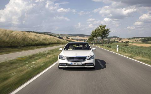 Land vehicle, Vehicle, Car, Luxury vehicle, Automotive design, Mid-size car, Mercedes-benz, Personal luxury car, Mercedes-benz w212, Full-size car,