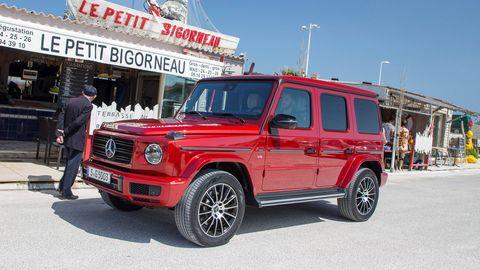 Land vehicle, Vehicle, Car, Sport utility vehicle, Automotive tire, Wheel, Tire, Mercedes-benz g-class, Automotive wheel system, Hardtop,