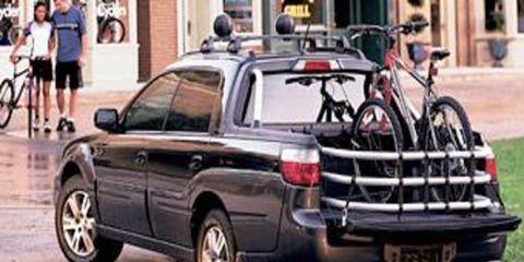Tire, Wheel, Motor vehicle, Mode of transport, Automotive tire, Vehicle, Land vehicle, Automotive exterior, Automotive wheel system, Rim,