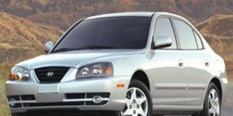 Motor vehicle, Automotive mirror, Tire, Nature, Mode of transport, Road, Automotive tire, Transport, Vehicle, Daytime,