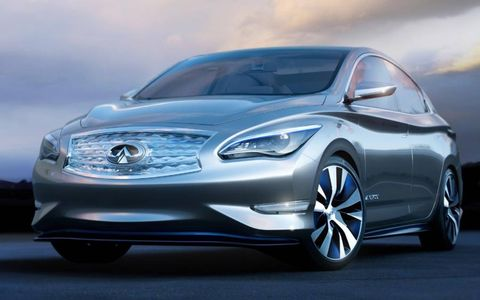 The Infiniti LE concept shares a platform with the Nissan Leaf EV.