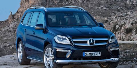 A front view of the 2013 Mercedes-Benz GL.