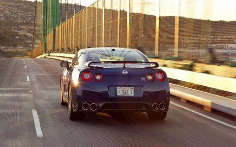 The 2013 Nissan GT-R Black Edition has overcome previous shifting inconsistencies; now shifting is flawless.