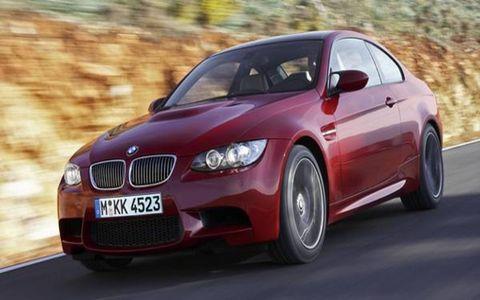 Automotive design, Mode of transport, Vehicle, Infrastructure, Hood, Automotive mirror, Car, Grille, Rim, Red,