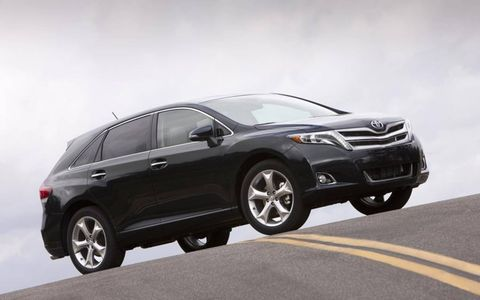 The 2013 Toyota Venza is rated by the EPA at 18 mpg in the city and 25 mpg on the highway. Limited trim shown.