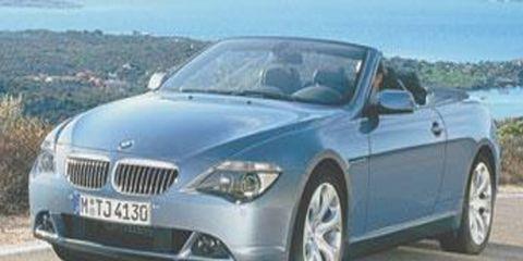 Motor vehicle, Mode of transport, Nature, Automotive mirror, Transport, Vehicle, Land vehicle, Infrastructure, Road, Hood,