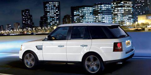 Tire, Wheel, Automotive design, Automotive tire, Vehicle, Car, Rim, Automotive parking light, Automotive exterior, Alloy wheel,