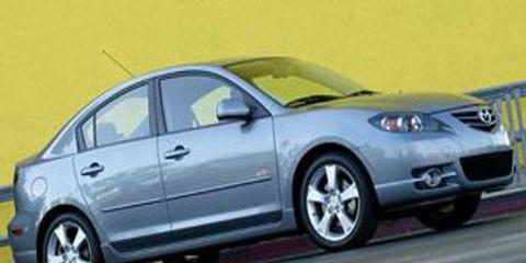Tire, Wheel, Mode of transport, Automotive mirror, Automotive design, Vehicle, Alloy wheel, Automotive tire, Automotive lighting, Rim,