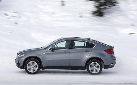 The 2013 BMW X6 xDrive35i with the turbocharged engine makes accelerating around town effortless.