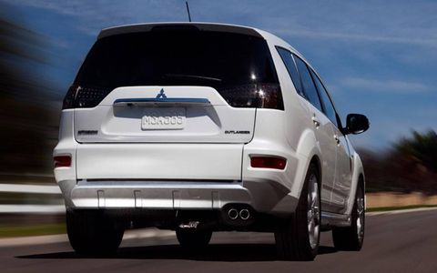 The rear view of the Mitsubishi Outlander GT Prototype.
