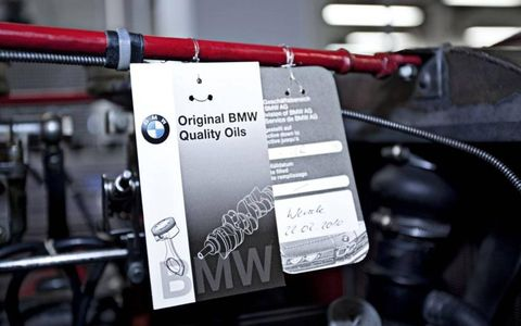 Restoration work for customers in the BMW Classic workshop