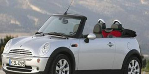 Motor vehicle, Tire, Mode of transport, Nature, Automotive design, Automotive mirror, Vehicle, Product, Transport, Car,
