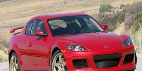 Motor vehicle, Tire, Wheel, Automotive design, Mode of transport, Automotive mirror, Vehicle, Land vehicle, Transport, Hood,