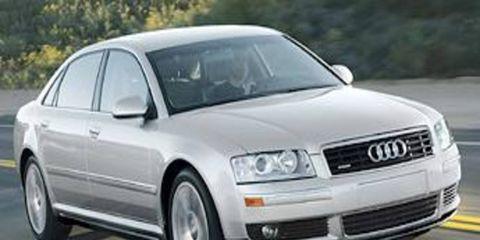 Tire, Motor vehicle, Wheel, Mode of transport, Automotive design, Automotive tire, Transport, Daytime, Vehicle, Land vehicle,