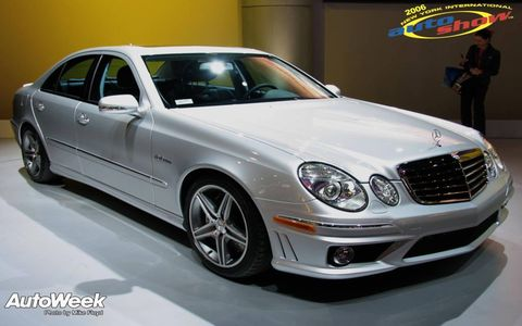 Tire, Wheel, Mode of transport, Automotive design, Vehicle, Automotive lighting, Hood, Spoke, Rim, Car,