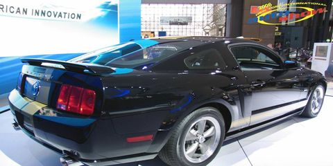 Tire, Motor vehicle, Wheel, Automotive design, Vehicle, Land vehicle, Automotive lighting, Car, Automotive exterior, Performance car,