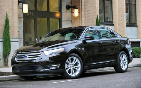 Fuel economy for the 2013 Ford Taurus SEL is 22 mpg in the city and 32 mpg on the highway.
