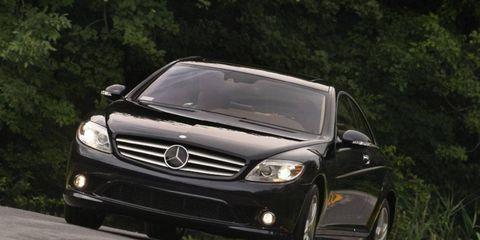 Automotive design, Mode of transport, Vehicle, Automotive lighting, Headlamp, Road, Grille, Automotive exterior, Mercedes-benz, Rim,