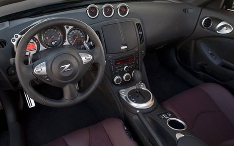 The dashboard of the Nissan 370Z.