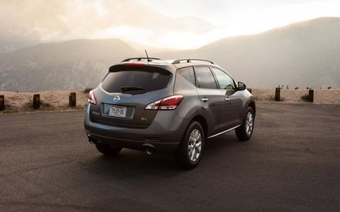 With the AWD configuration, the 2013 Nissan Murano SL receives an epa estimated 20 mpg overall.