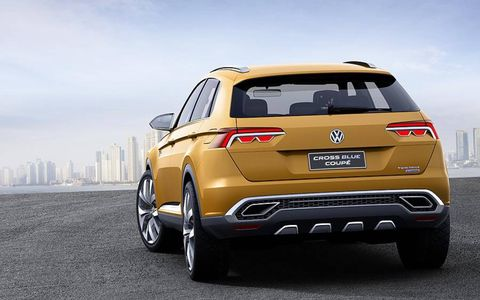 A rear view of the Volkswagen CrossBlue Concept.