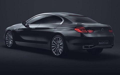 Automotive design, Mode of transport, Alloy wheel, Rim, Car, Automotive lighting, Personal luxury car, Automotive exterior, Luxury vehicle, Bumper,