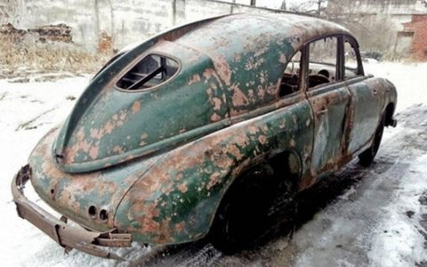 Restoring a rear-engined Tatra can't be much tougher than fixing up a old Beetle. At least, that's what we'd tell ourselves if we were considering buying these things.