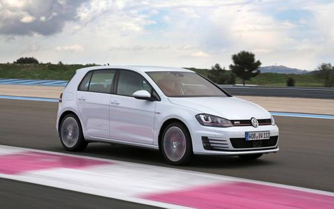 Confirmed options for the 2015 Volkswagen Golf GTI include leather seats, keyless start, power driver's seat, 400-watt Fender audio, navigation and bixenon headlights with LED daytime running lamps.