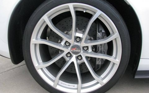 The wheel and carbon-ceramic brake rotor of the 2013 Chevrolet Corvette ZR1.