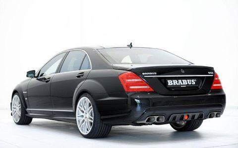 Tire, Wheel, Mode of transport, Automotive design, Automotive tire, Vehicle, Automotive lighting, Rim, Car, Full-size car,