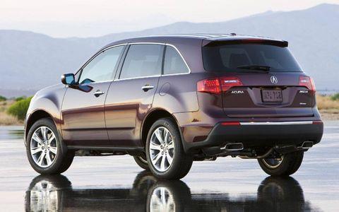 Tire, Wheel, Automotive tire, Automotive design, Mode of transport, Product, Vehicle, Rim, Automotive wheel system, Car,