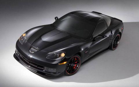 Automotive design, Vehicle, Rim, Automotive lighting, Car, Performance car, Fender, Automotive tire, Sports car, Hood,
