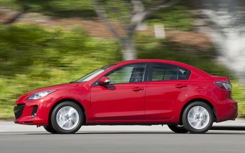 Our test 2013 Mazda 3 i Touring Sedan had the available technology package that included bi-xenon headlights, power heated mirrors and many other gadgets.