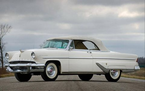 The Lincoln Capri was introduced in 1952 and by 1955 a sprouted a modest set of fins on its rear quarter panels. But another 1955 Lincoln really spread its tailfins ...