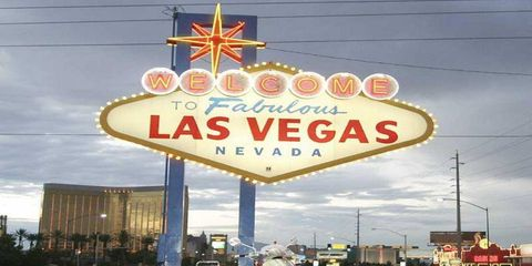 """Viva Las Vegas<div><object width=""""420"""" height=""""331""""><param name=""""movie"""" value=""""http://www.dailymotion.com/swf/x3gqgc""""></param><param name=""""allowFullScreen"""" value=""""true""""></param><param name=""""allowScriptAccess"""" value=""""always""""></param><embed src=""""http://www.dailymotion.com/swf/x3gqgc"""" type=""""application/x-shockwave-flash"""" width=""""420"""" height=""""331"""" allowFullScreen=""""true"""" allowScriptAccess=""""always""""></embed></object><b><a href=""""http://www.dailymotion.com/video/x3gqgc_autoweek-does-vegas-in-style_fun"""">AutoWeek Does Vegas In Style</a></b><i>Uploaded by <a href=""""http://www.dailymotion.com/AutoWeek"""">AutoWeek</a></i></div>"""