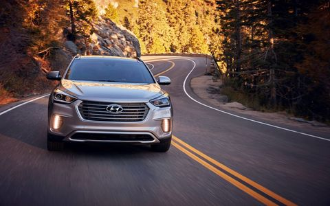 The 2017 Hyundai Santa Fe and Santa Fe Sport debuted in Chicago with new features, new wheels and better gas mileage