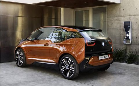 When North American sales start in 2014, there will be two versions of the i3, both running an electric drivetrain.