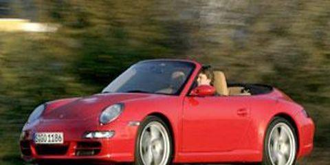 Tire, Wheel, Mode of transport, Automotive design, Nature, Vehicle, Transport, Land vehicle, Infrastructure, Automotive mirror,