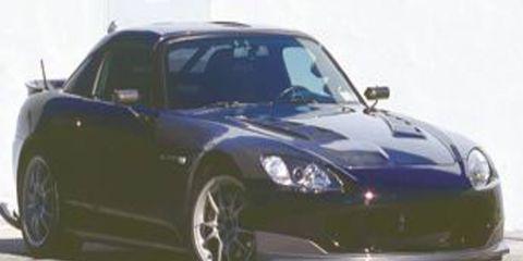 Mode of transport, Automotive design, Vehicle, Automotive lighting, Land vehicle, Headlamp, Car, Hood, Rim, Photograph,