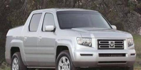Tire, Wheel, Motor vehicle, Automotive tire, Mode of transport, Vehicle, Daytime, Automotive mirror, Product, Transport,