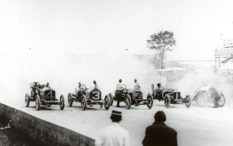 Start of the 1911 Indy 500