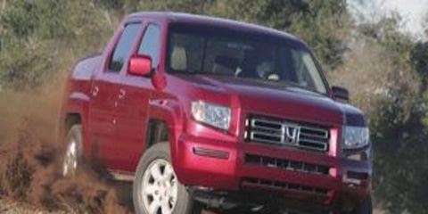 Motor vehicle, Wheel, Automotive design, Transport, Vehicle, Land vehicle, Automotive tire, Landscape, Soil, Car,
