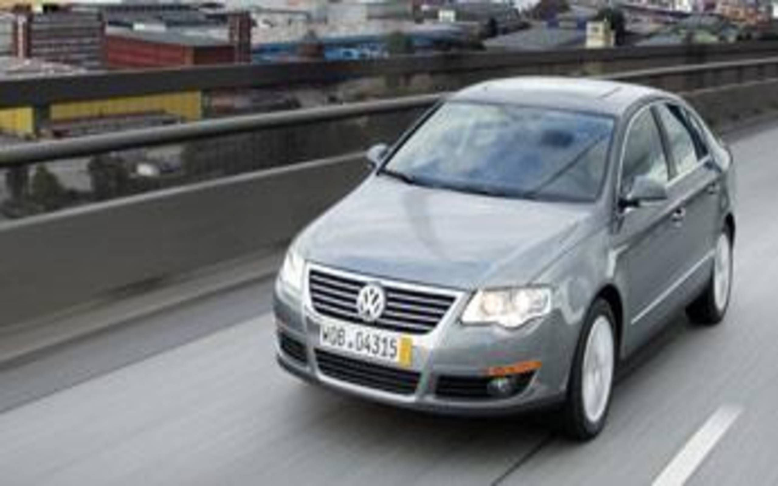 2006 Volkswagen Passat The Sixth Makes Sense Volkswagen Hopes Its Newest Passat Has The Goods To Make A Buck