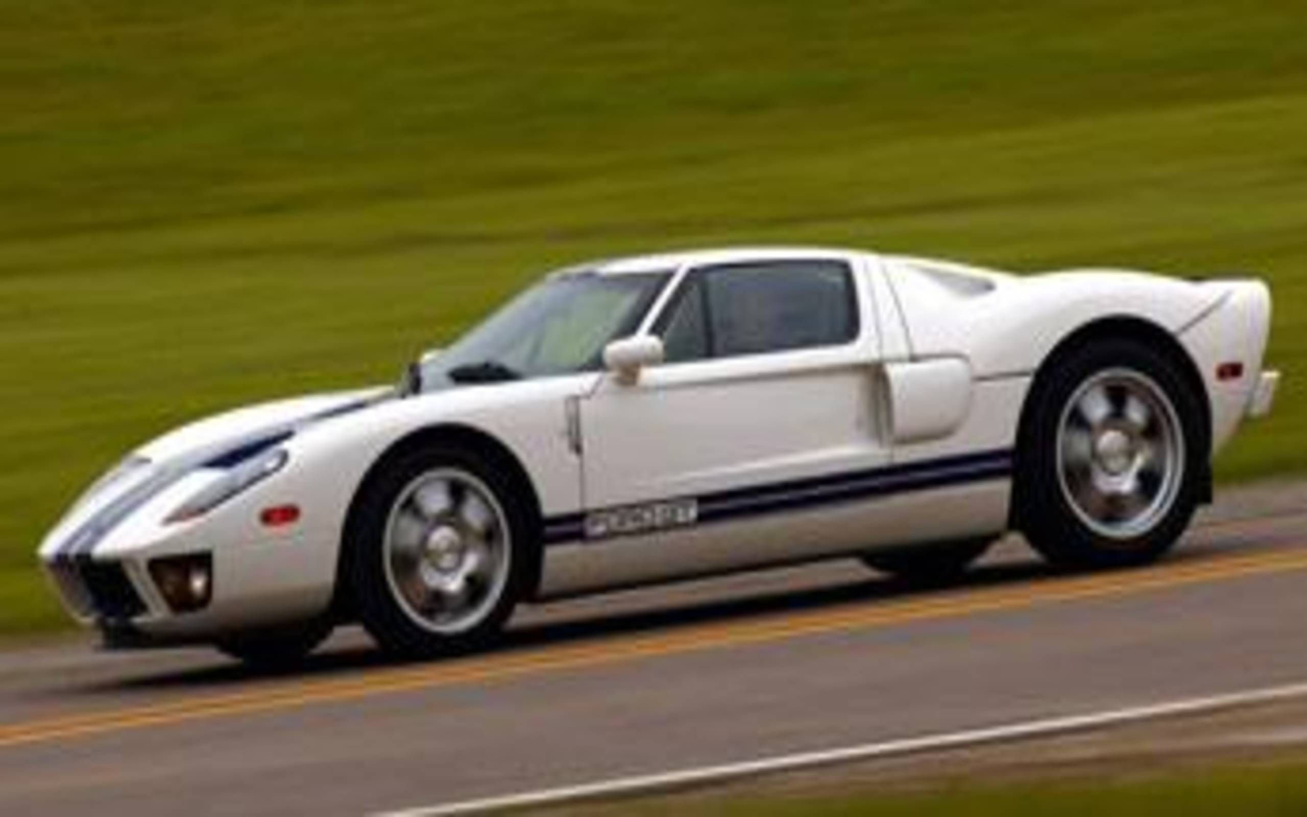 2005 Ford Gt First On Race Day Now In Your Driveway