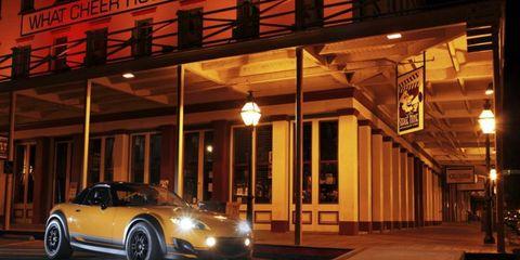 Tire, Wheel, Automotive design, Mode of transport, Automotive lighting, Automotive parking light, Headlamp, Performance car, Car, Rim,