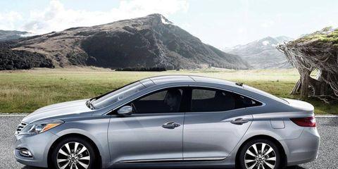 The 2013 Hyundai Azera receives an EPA-estimated 20 mpg city and 29 mph highway.