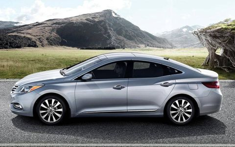 The 2013 Hyundai Azera receives an EPA-estimated 20 mpg city and 29 mph highway.