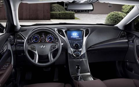 Interior aspects of the 2013 Hyundai Azera are just not up to par with our taste.