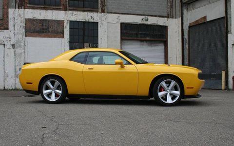 Driver's Log Gallery: 2010 Dodge Challenger SRT8